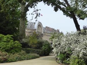 A little park near Hotel des Invalides.