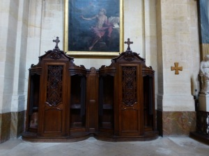 A confessional at Eglise Saint Thomas D'Aquin